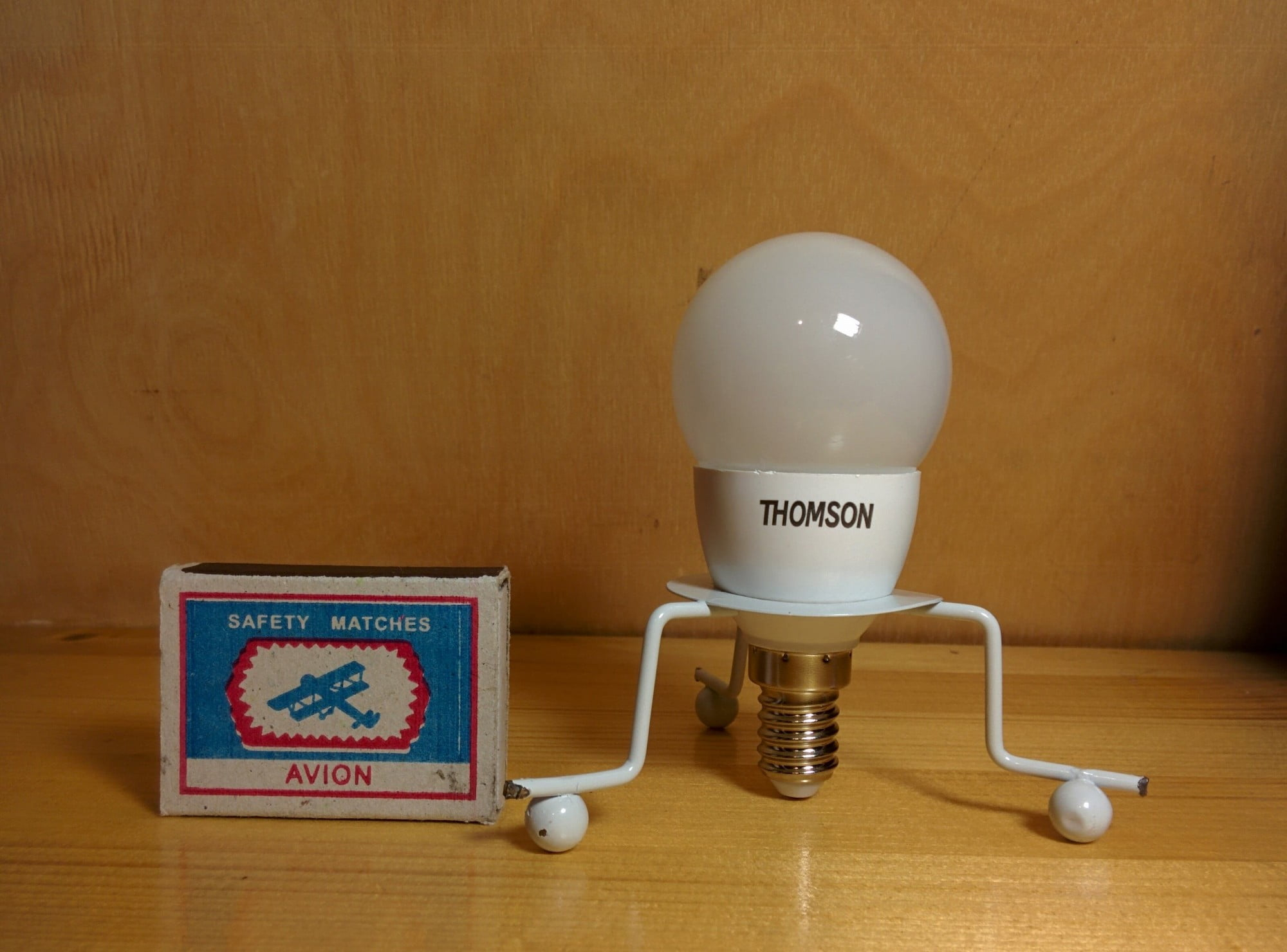 Thomson TM-50W-P5 лампа