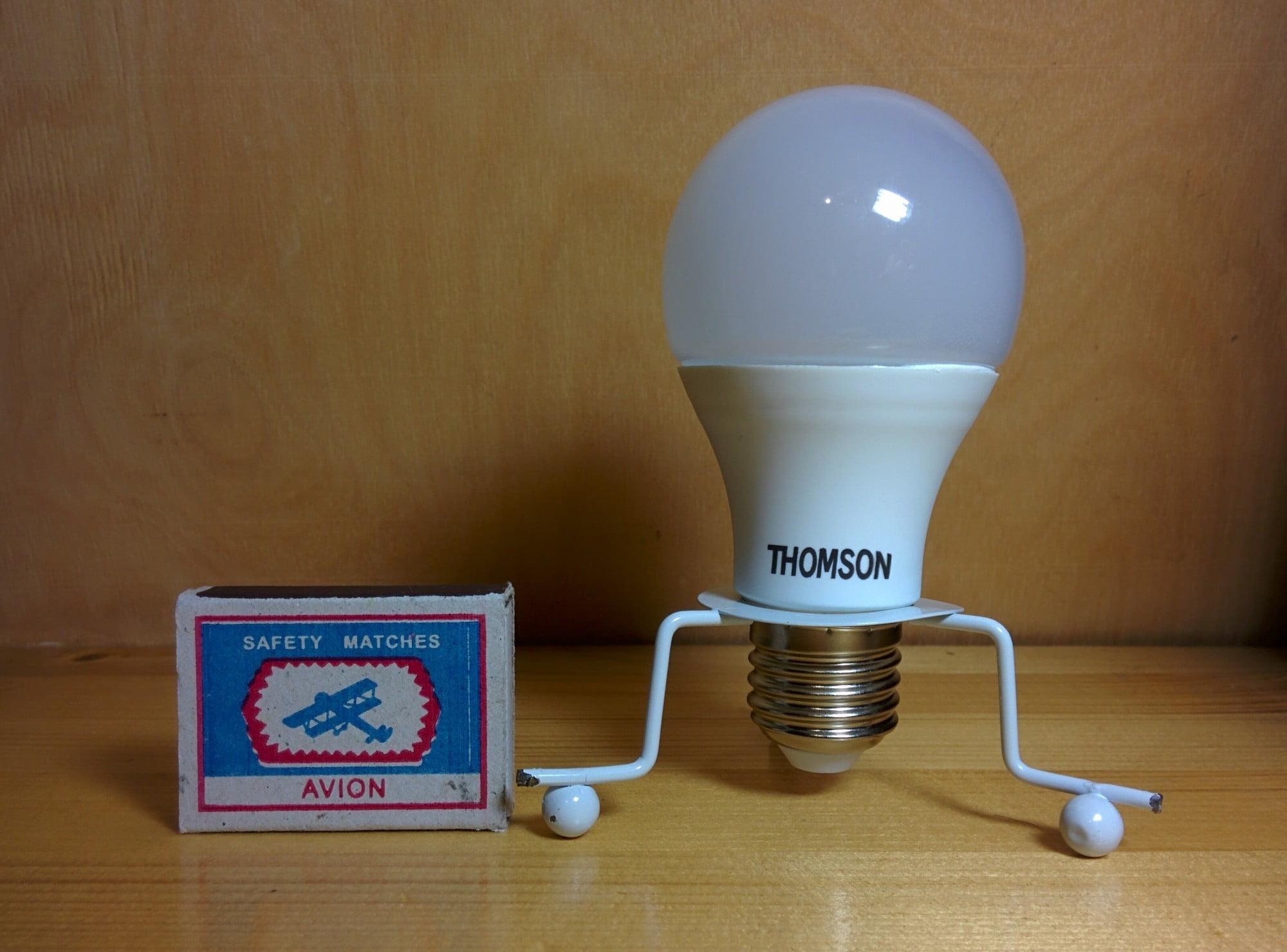 TM-75W-A9 лампа