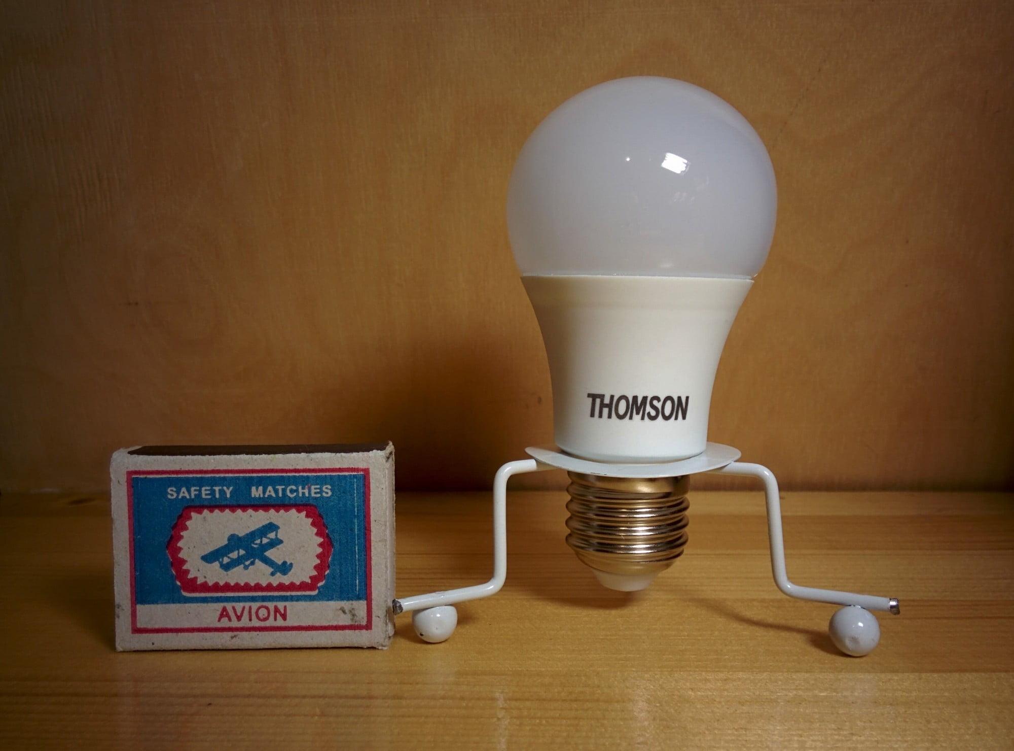 ThomsonTM-40W-A5 лампа